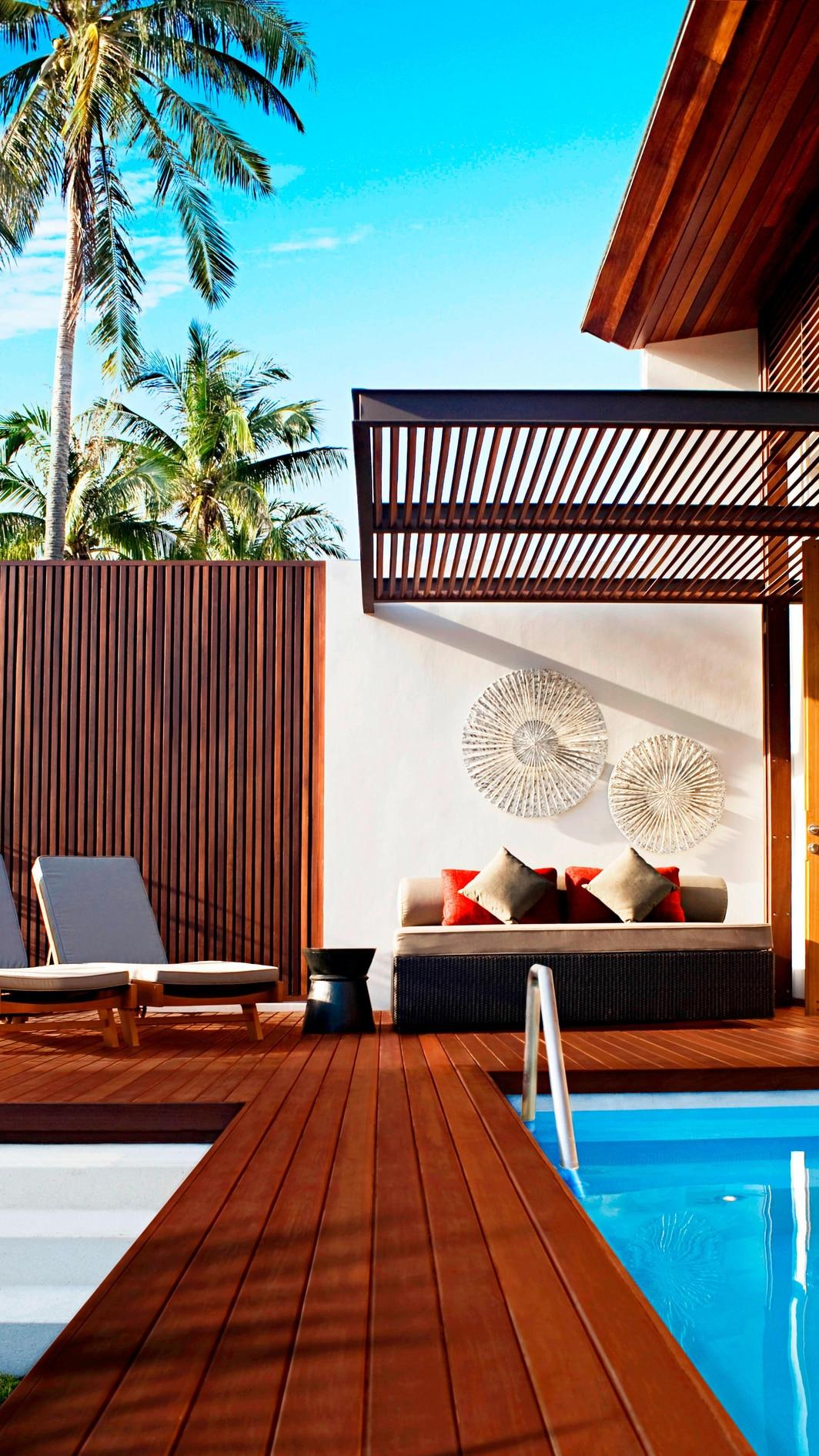 Tropical Oasis - Outside Living