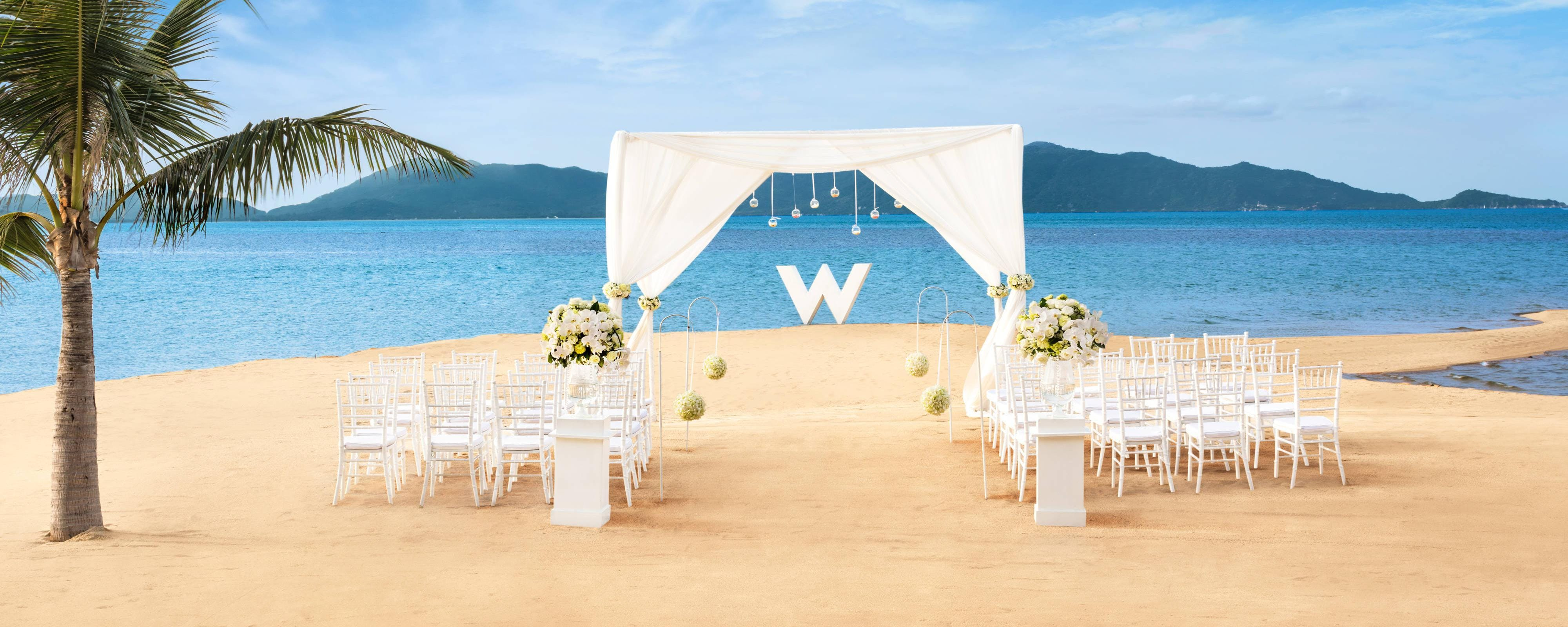 Wedding Reception W Beach