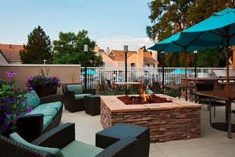 Residence Inn Boulder Outdoor Seating