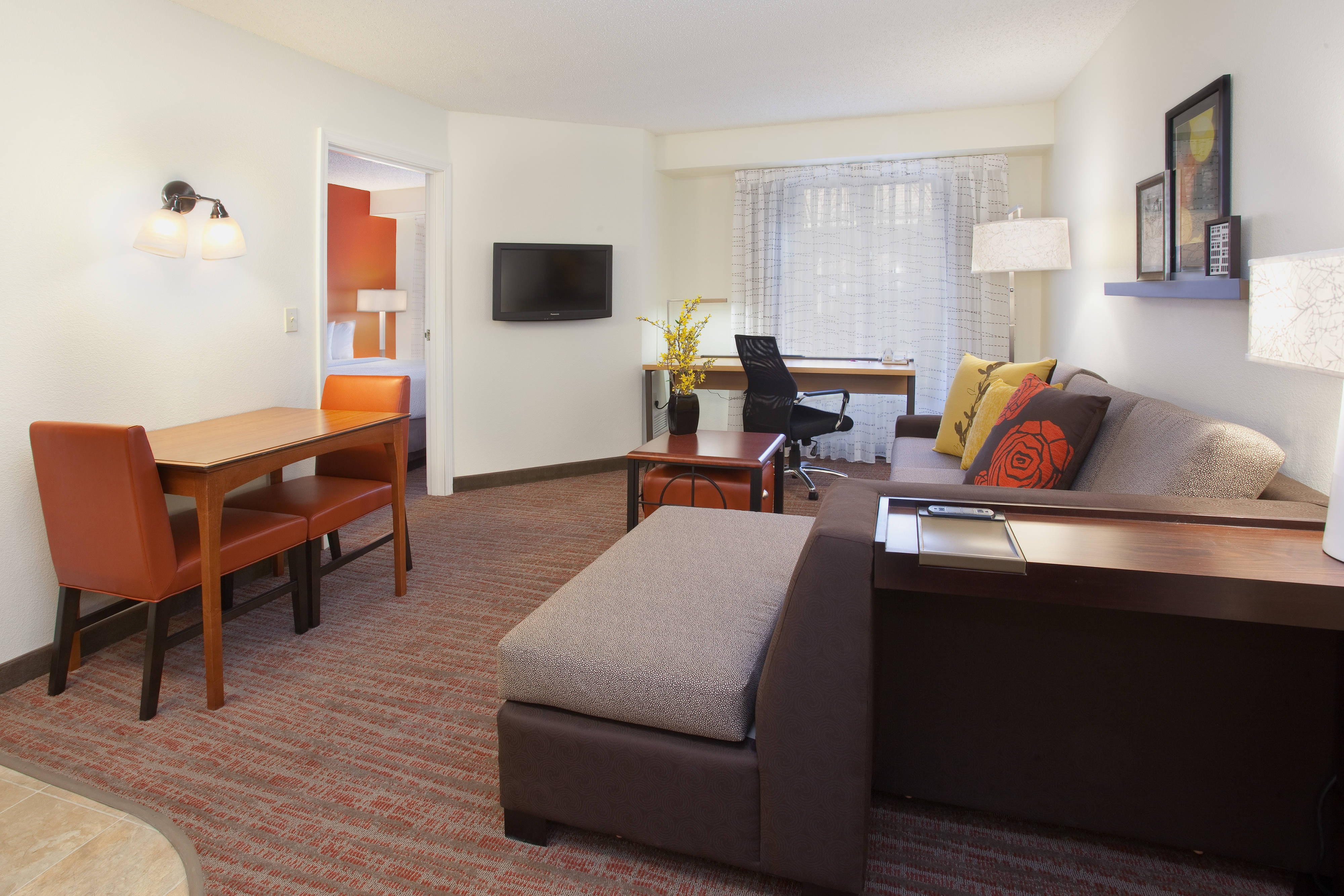 Louisville Extended Stay Hotels