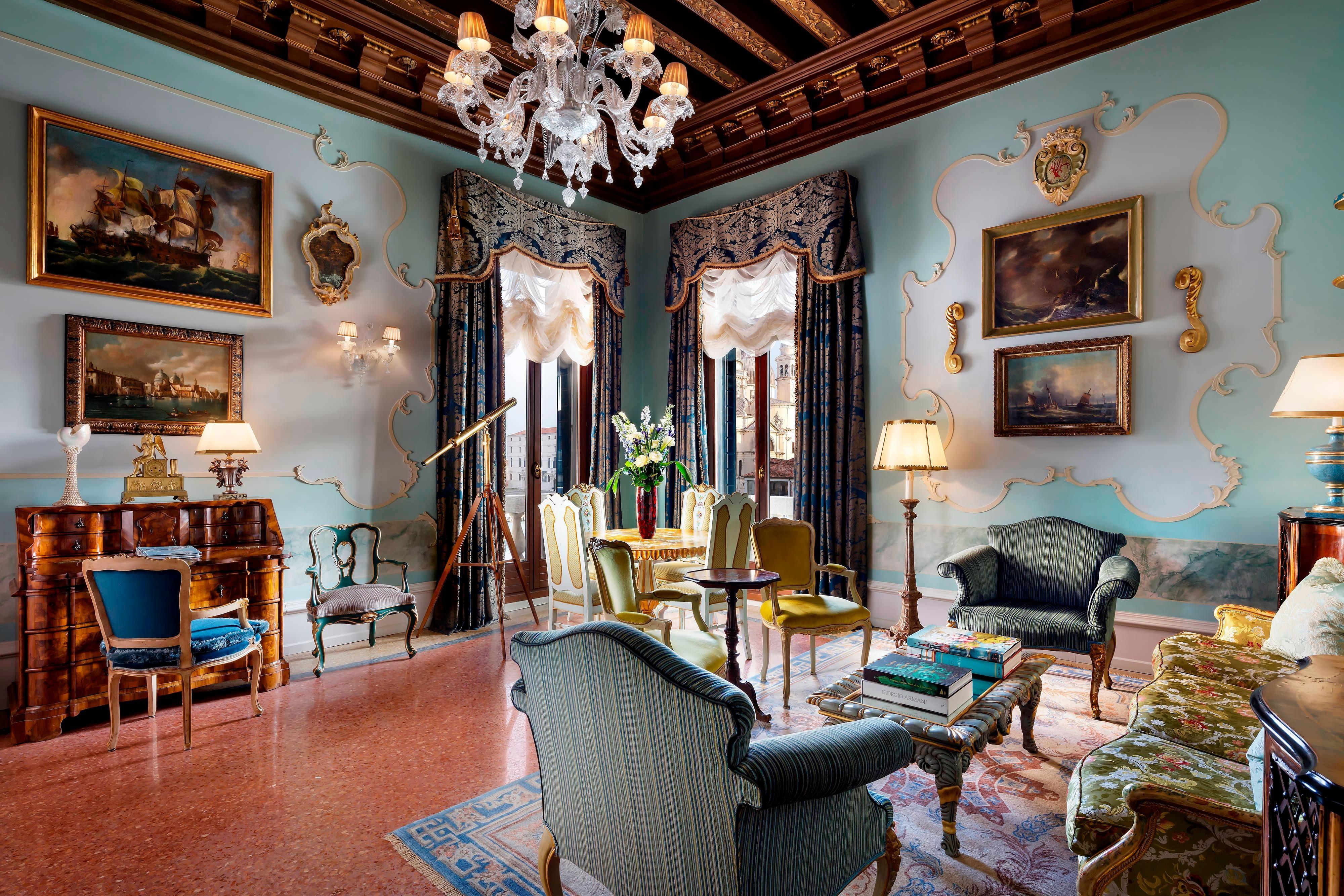 The Punta Della Dogana Patron Grand Canal Suite