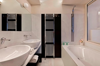 Uliveto Deluxe - Bathroom