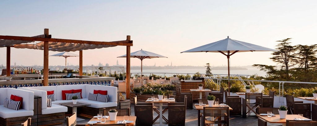 Rooftop and Poolside Bar Venice