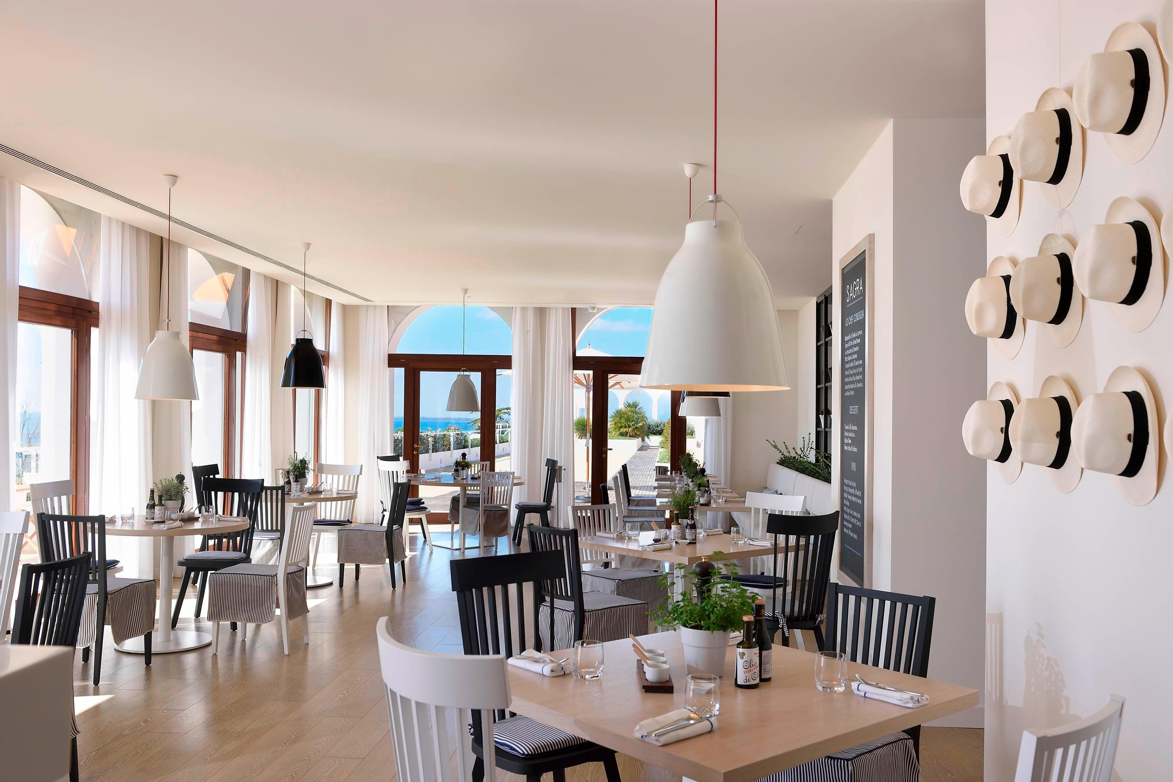 Sagra Rooftop Restaurant - Dining Area
