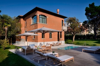 Villa private pool Venice Italy