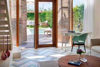 Suite with pool in Venice