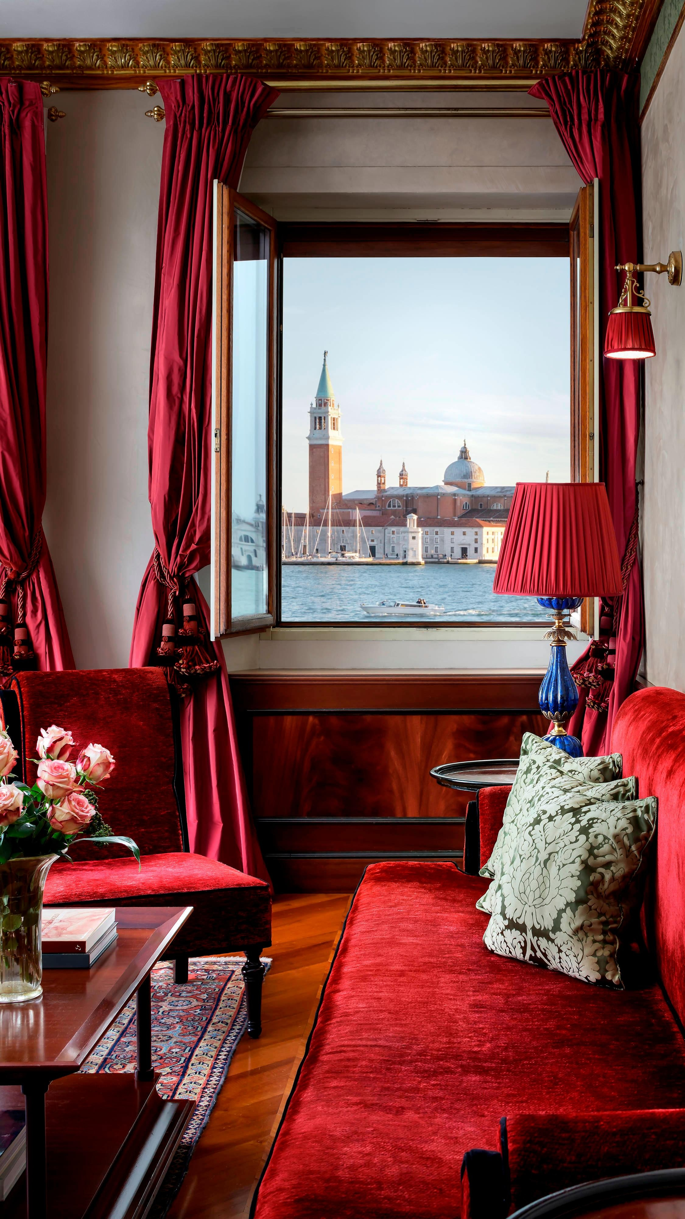 Lagoon View Suite - Living Room Palazzo Danieli Excelsior
