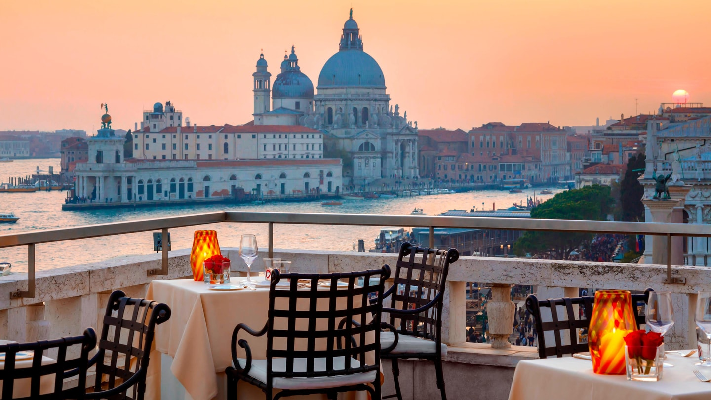 Outstanding Luxury Hotels Resorts In Venice Hotel Danieli A Luxury Home Remodeling Inspirations Genioncuboardxyz