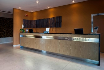 VICENZA_HOTELS_RECEPTION