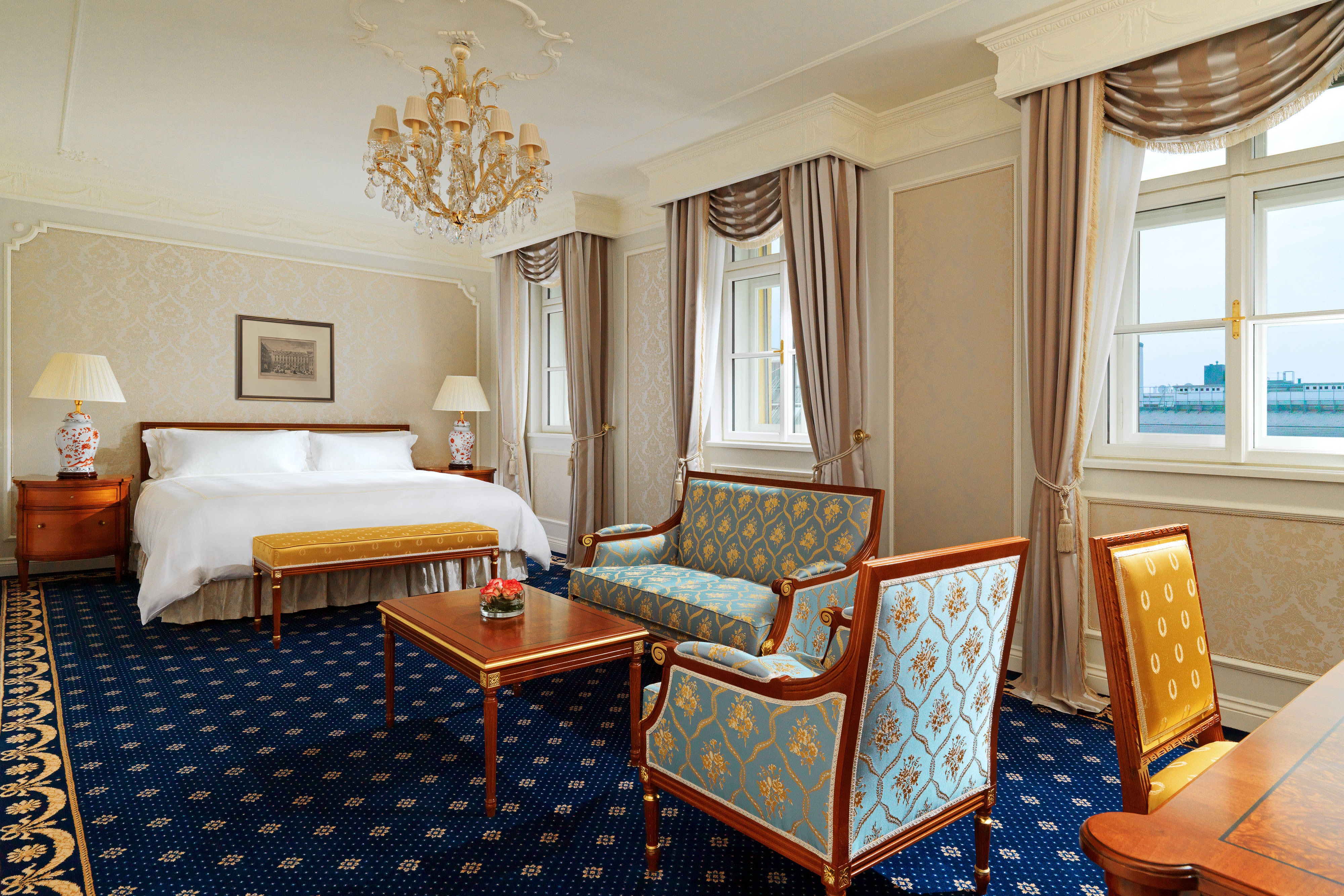 Imperial Junior Suite blue