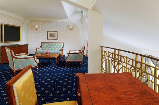 Maisonette Suite - Living Room