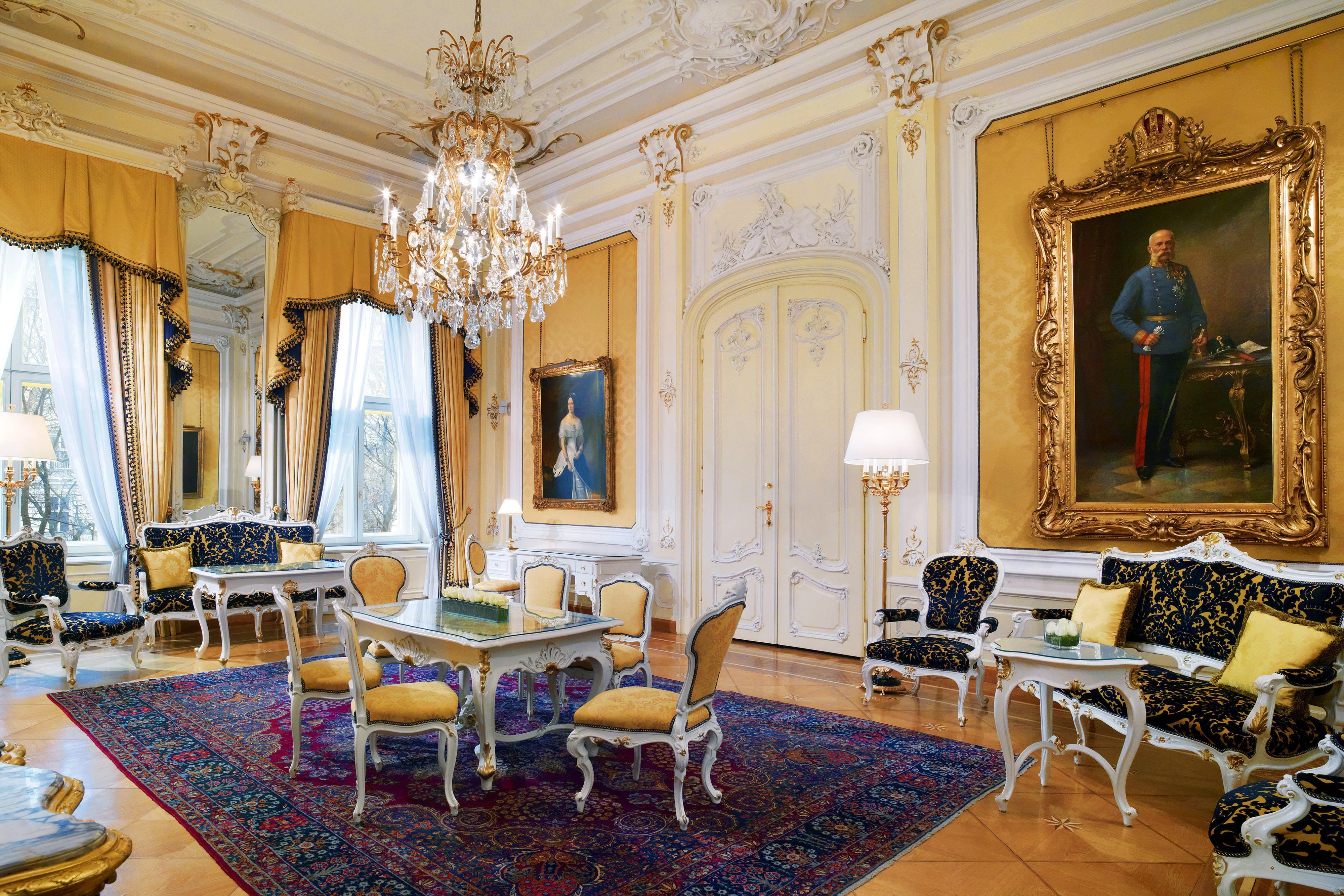 Салон люкса Royal