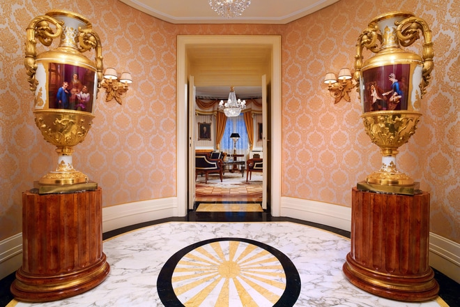 Prince of Wales Suite - Entrance