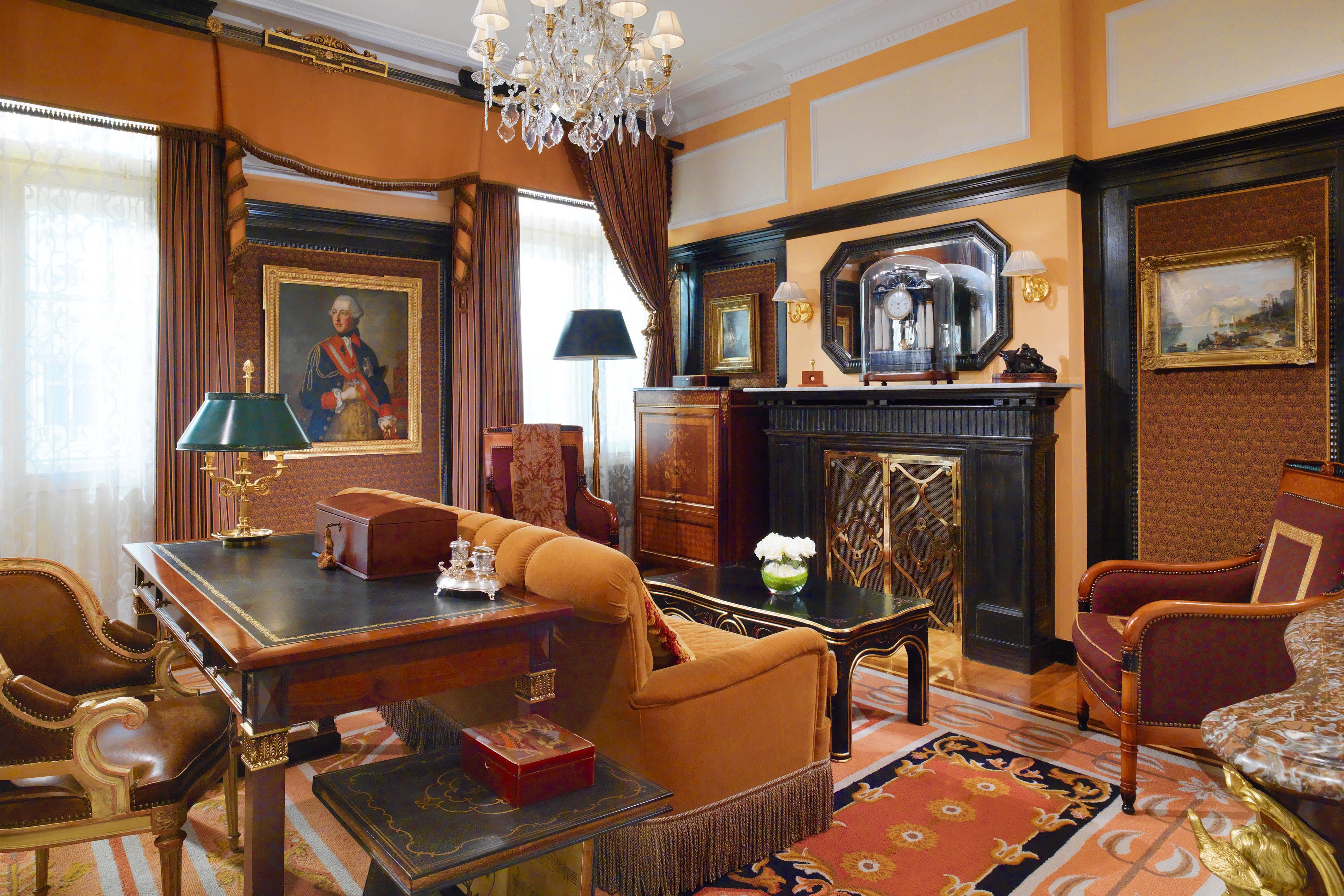 Люкс Prince of Wales - кабинет