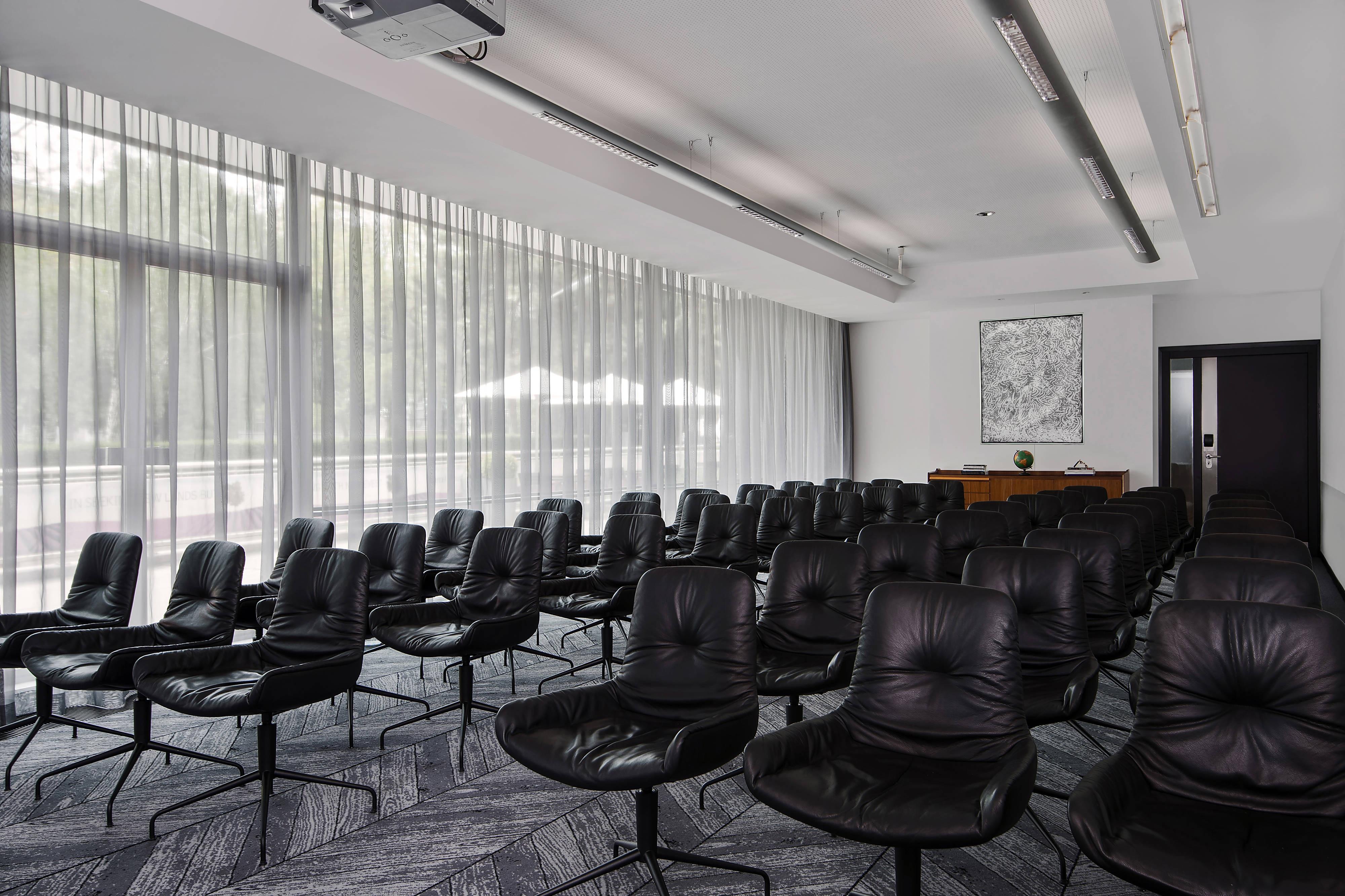 Blazing White Theatre-Style Meeting Meeting