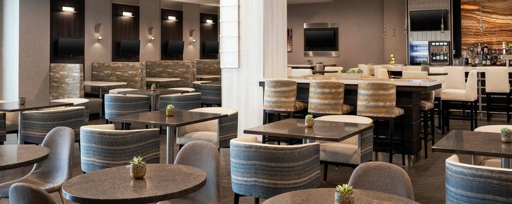 Visalia Hotel Dining With Breakfast Visalia Marriott At The