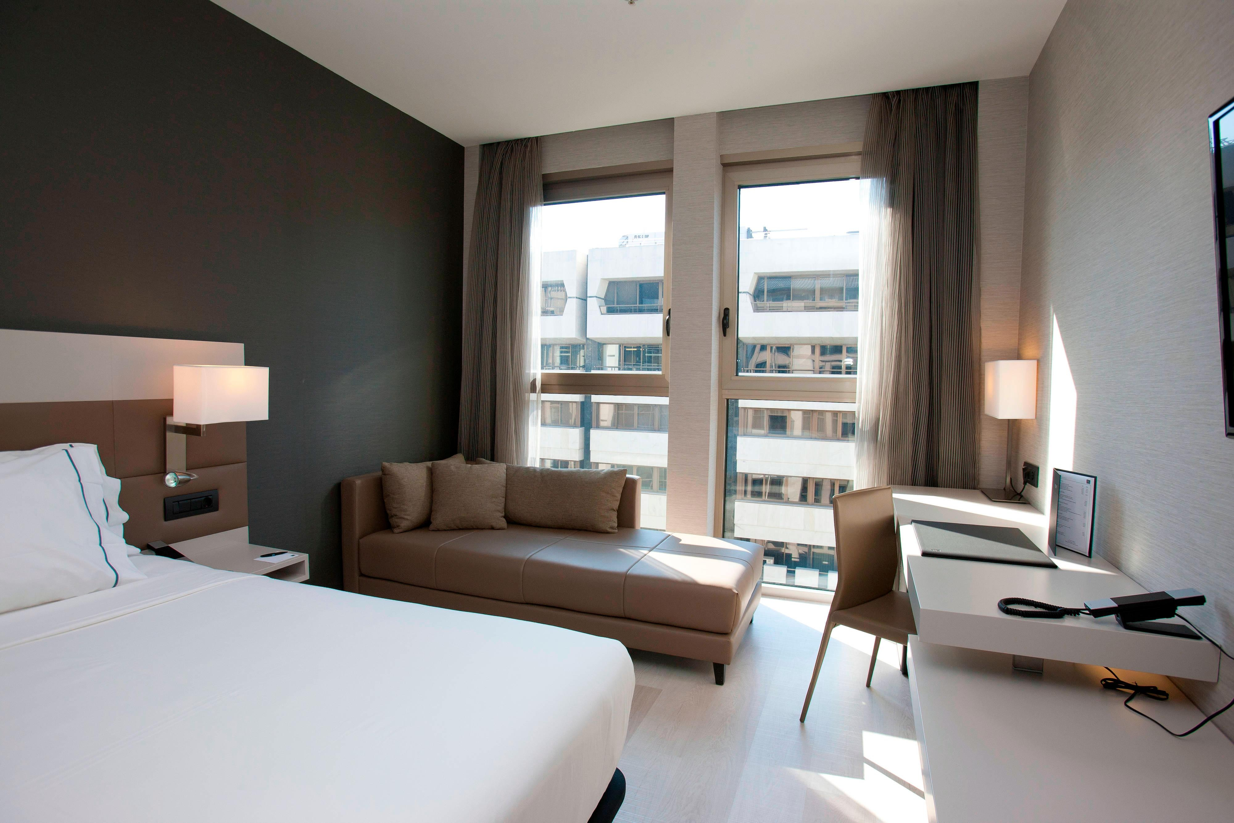 Deluxe rooms with free minibar