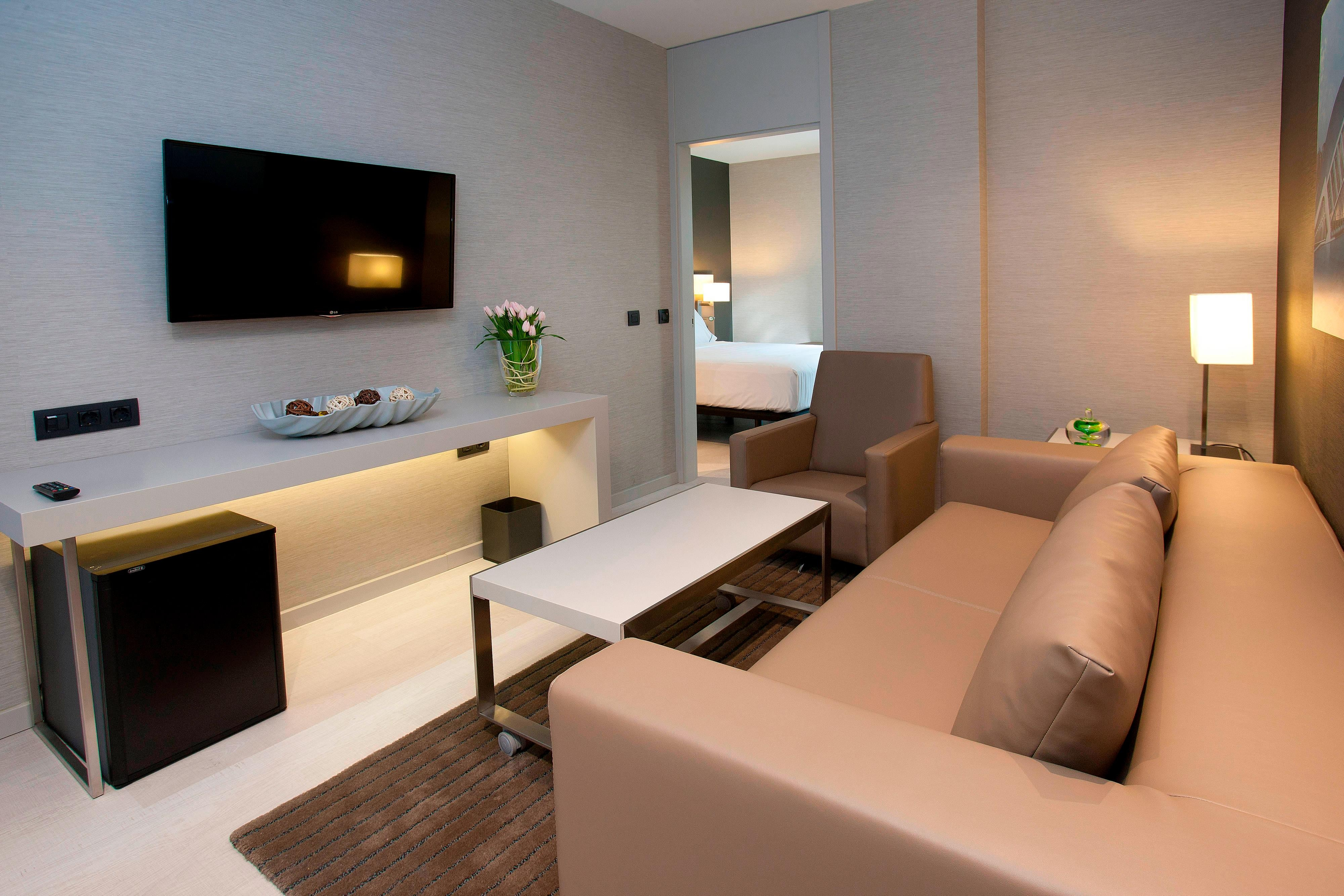 Hotel in Valencia city with exlcusive Suites