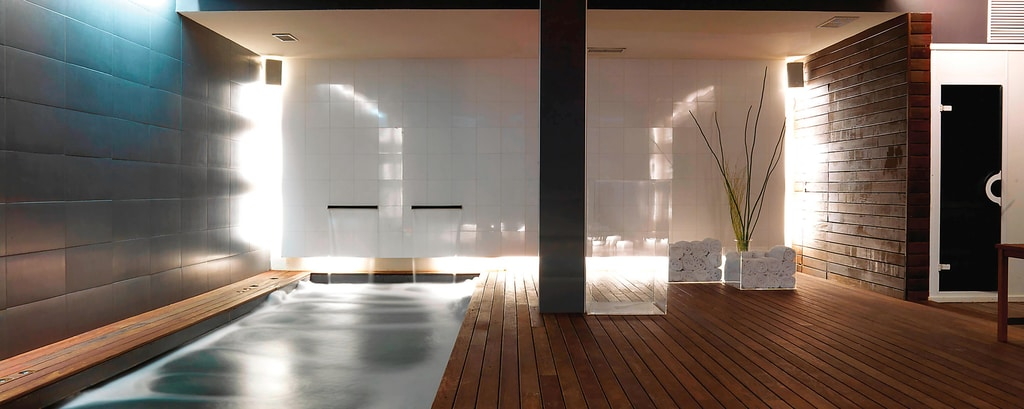 Bodyna Spa - Piscina coberta