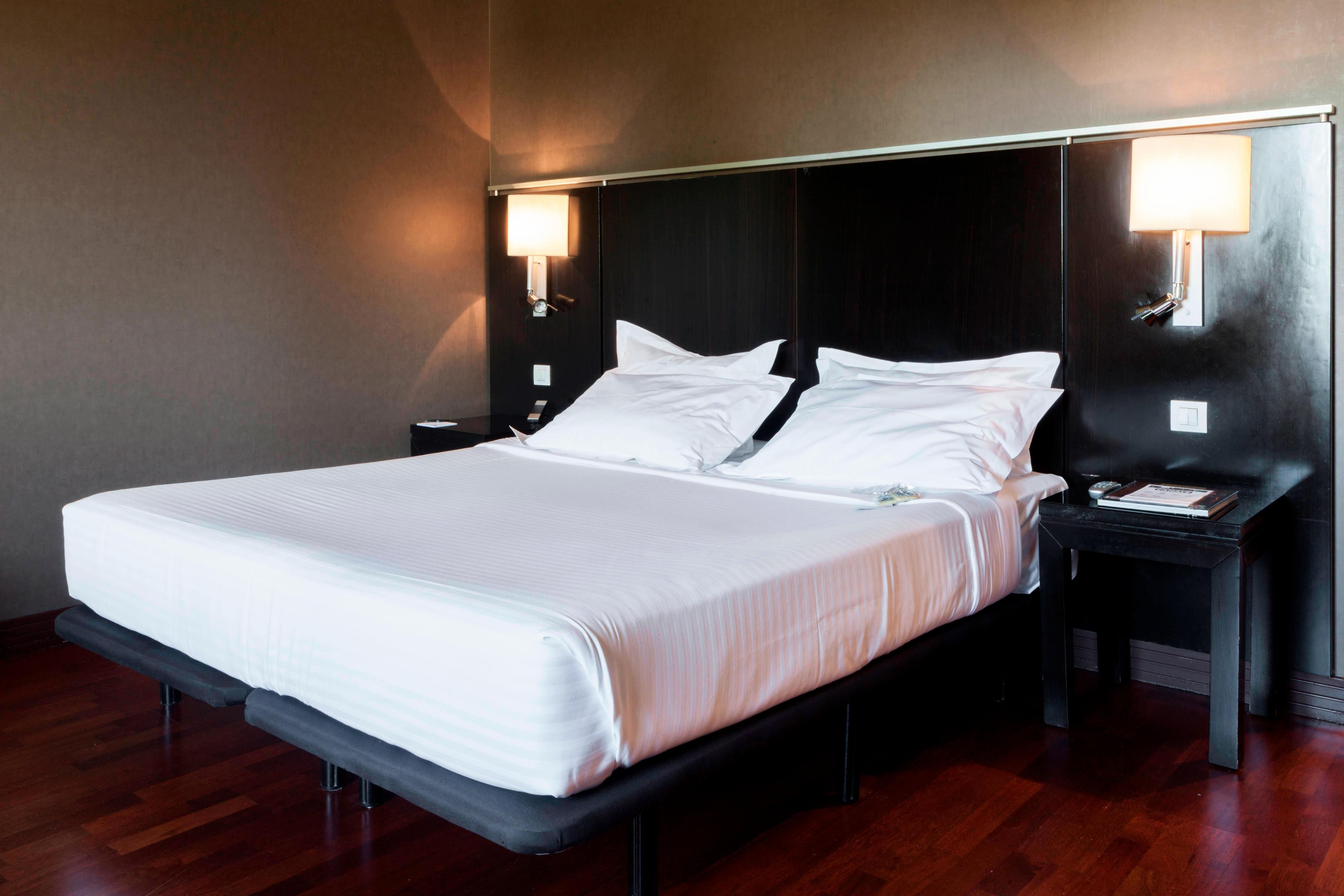Superior Double Guest Room – Sleeping Area