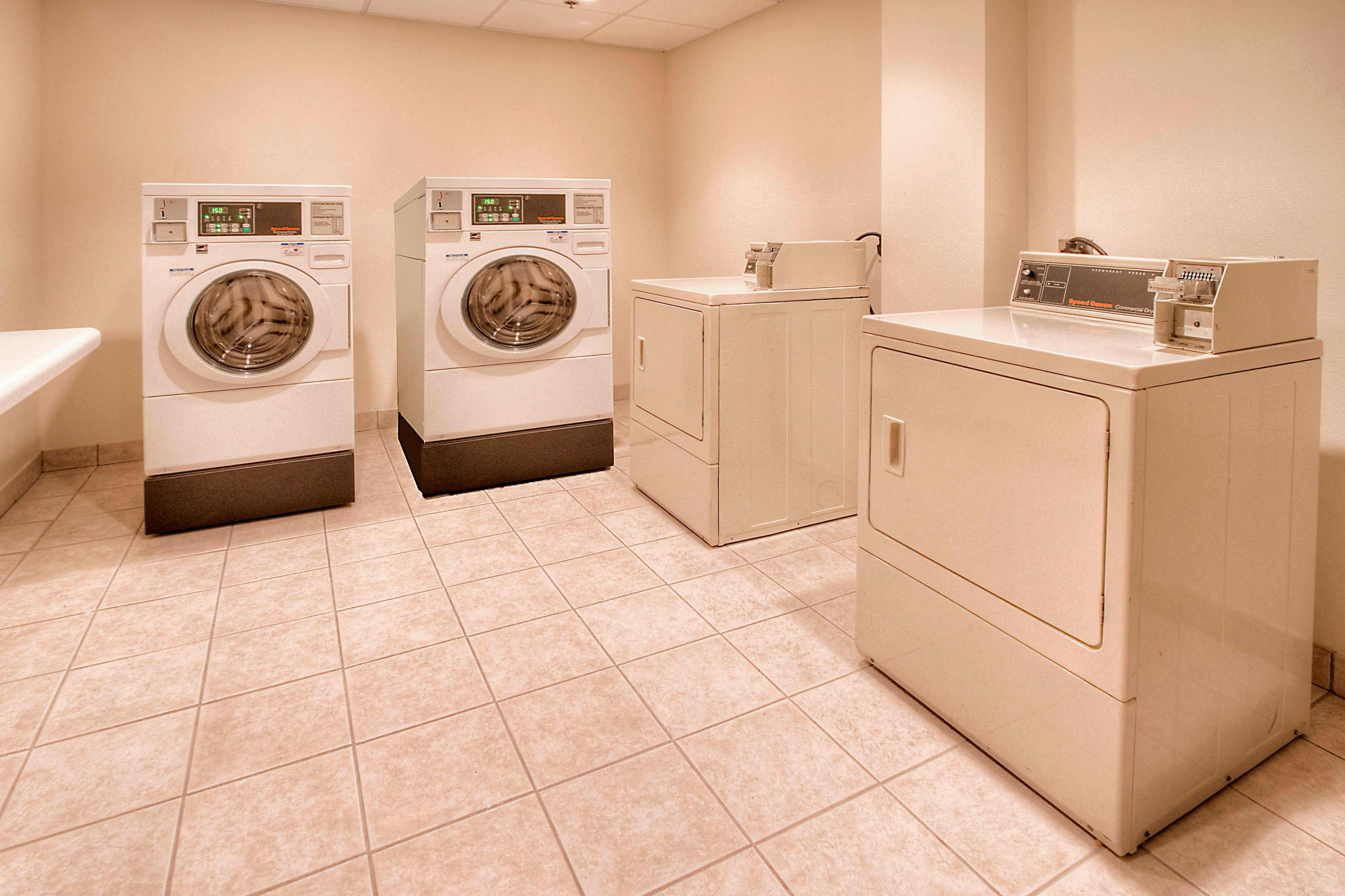 Fairfield Inn & Suites Destin Guest Laundry