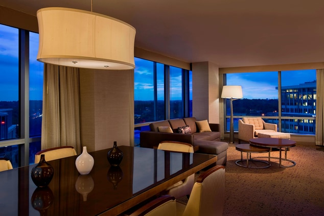 Heavenly Suite - Living Room