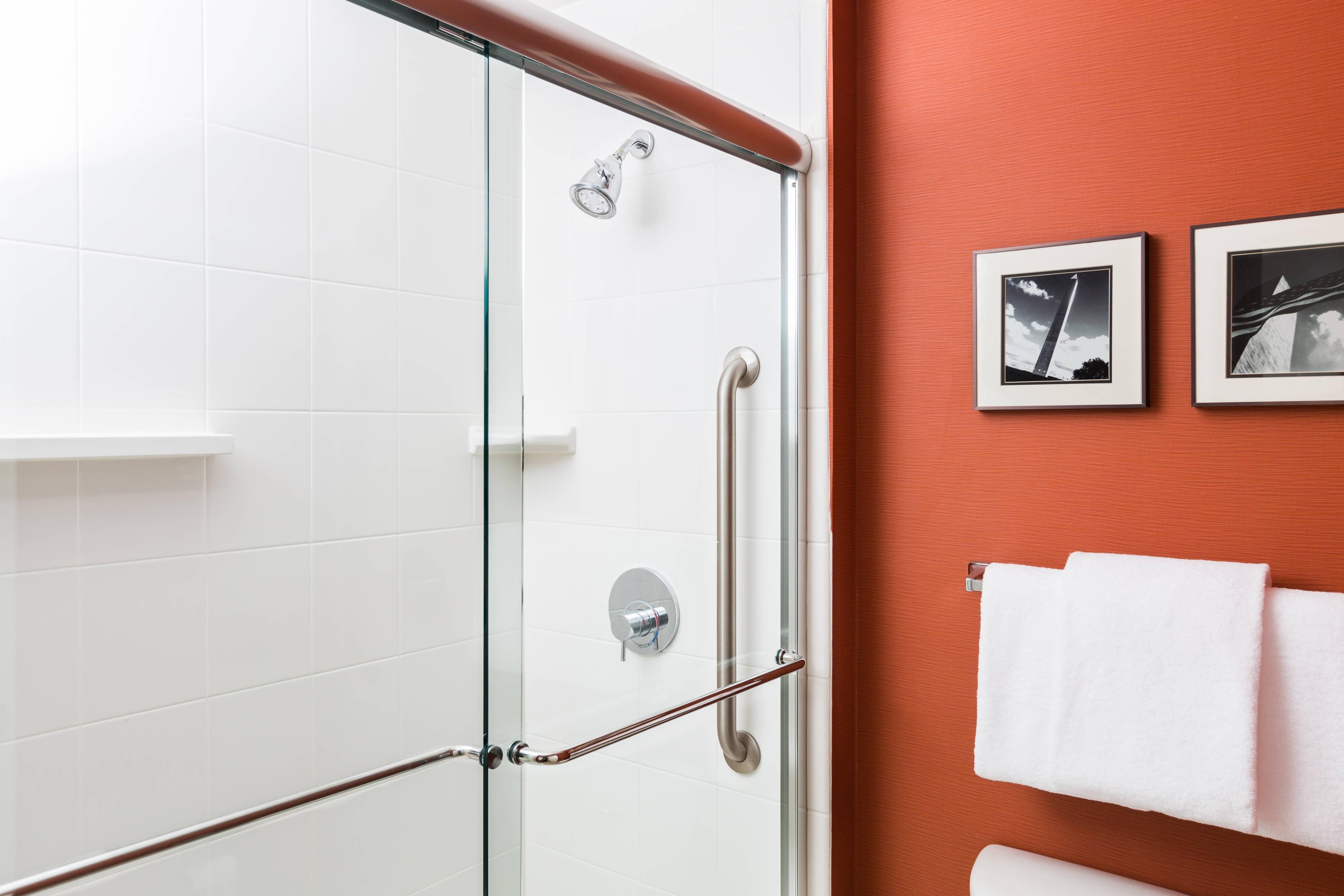 スイートのバスルーム - シャワー