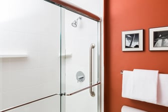 Suite Shower