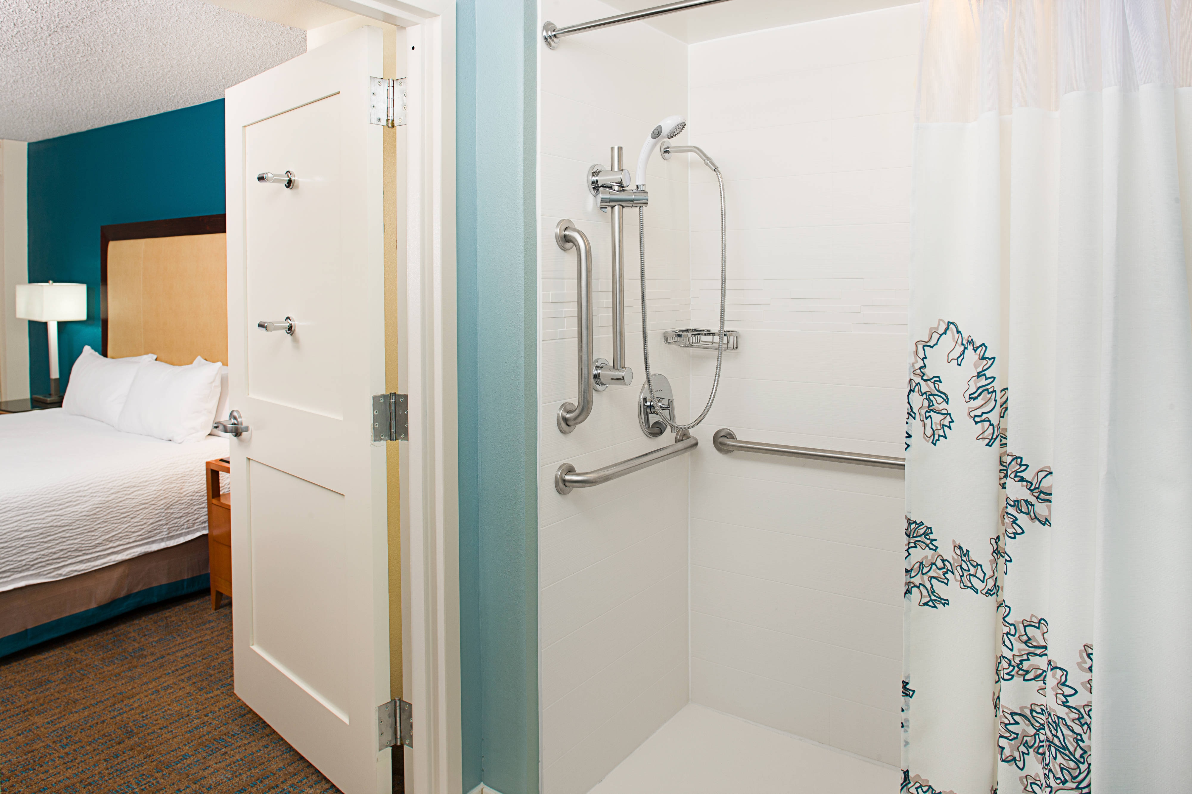Accessible Guest Bathroom – Roll-In Shower