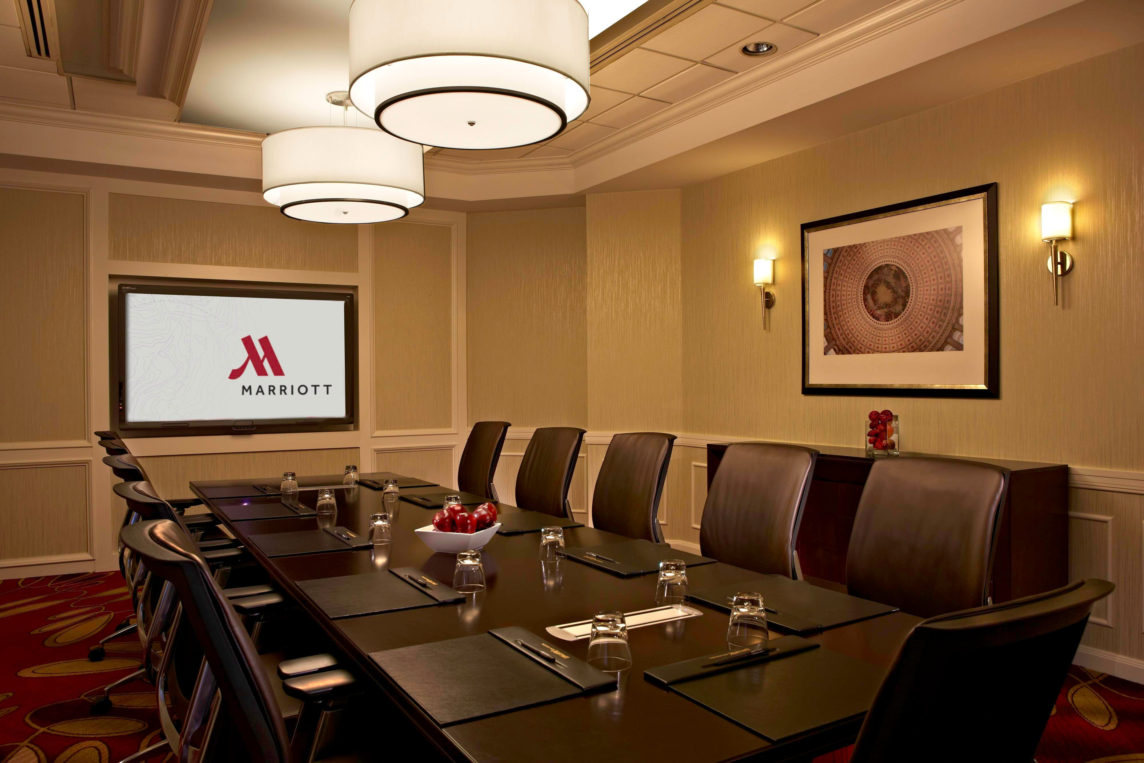 Falls Church hotel boardroom