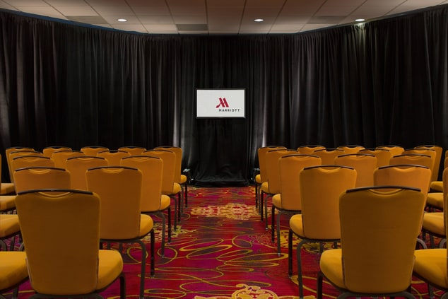 Fairview Park hotel meeting space