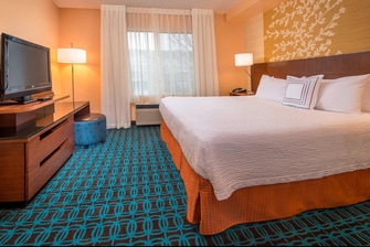 Fairfield Frederick Hotel King Suite