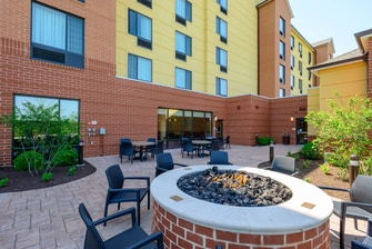 TownePlace Suites Frederick Fire Pit