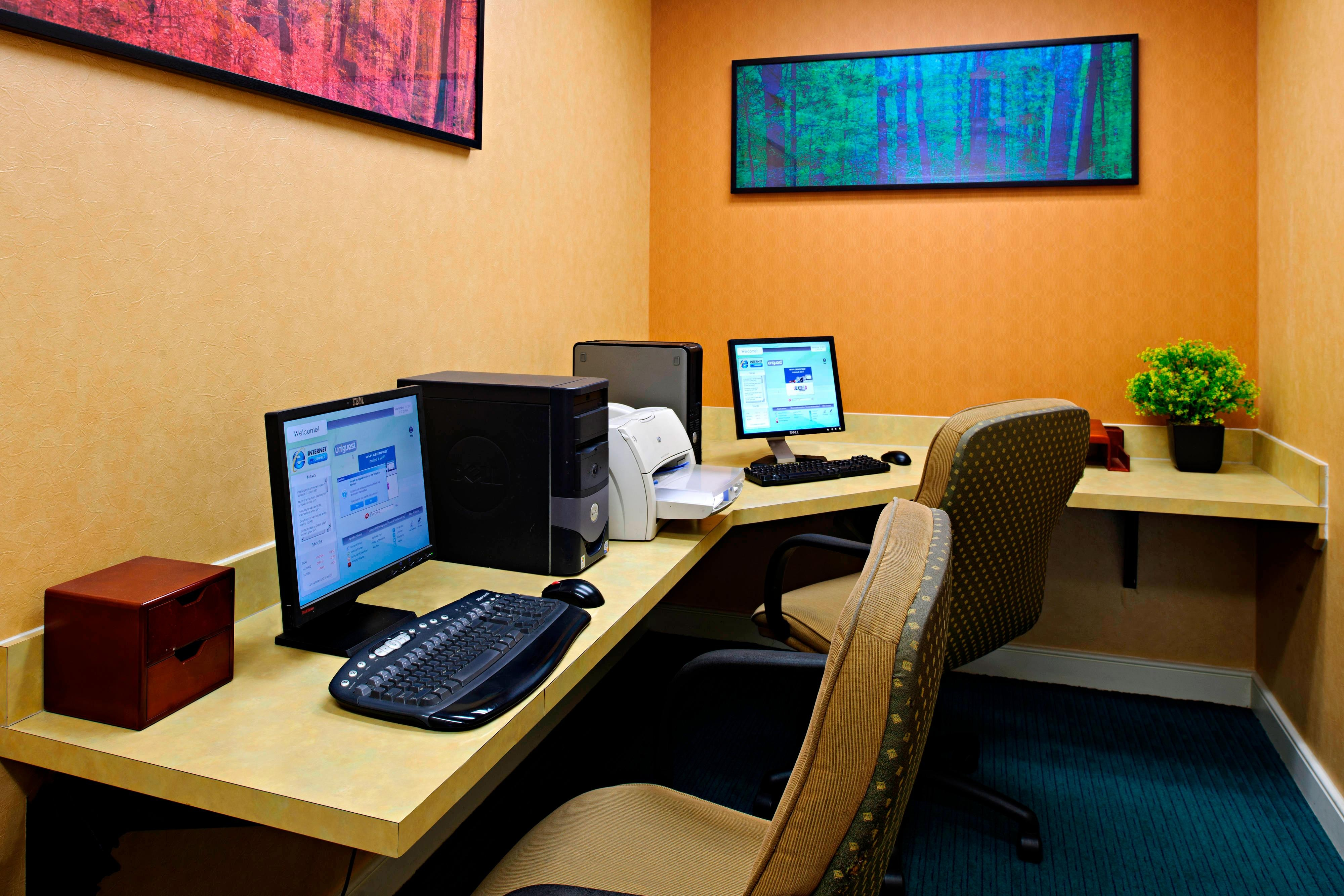 College Park hotel business center
