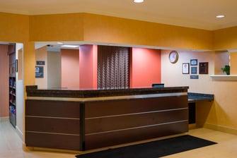 Hotel front desk Greenbelt Maryland