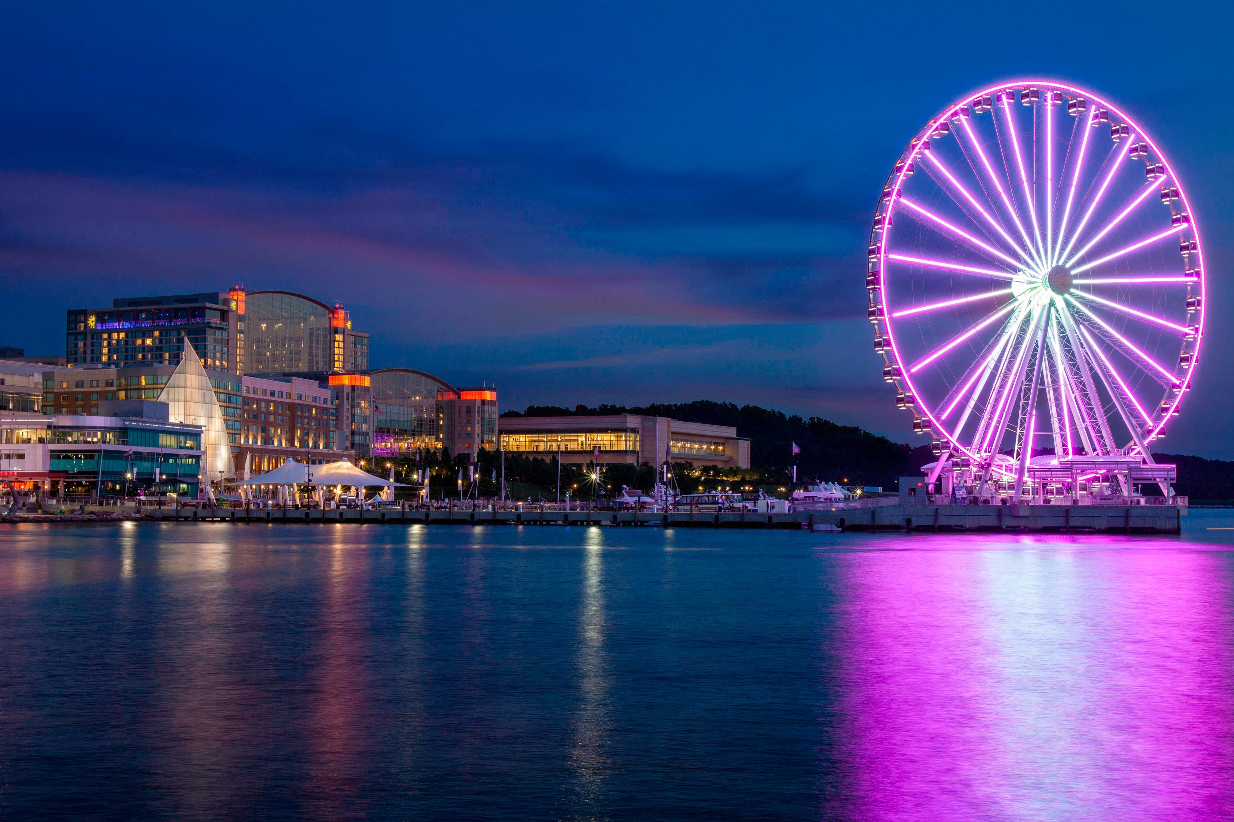 Exterior of Gaylord National Resort & Capital Wheel