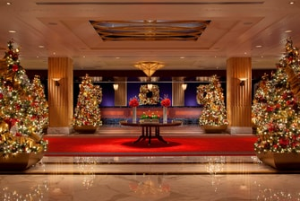 Front Desk & Lobby Christmas Decor