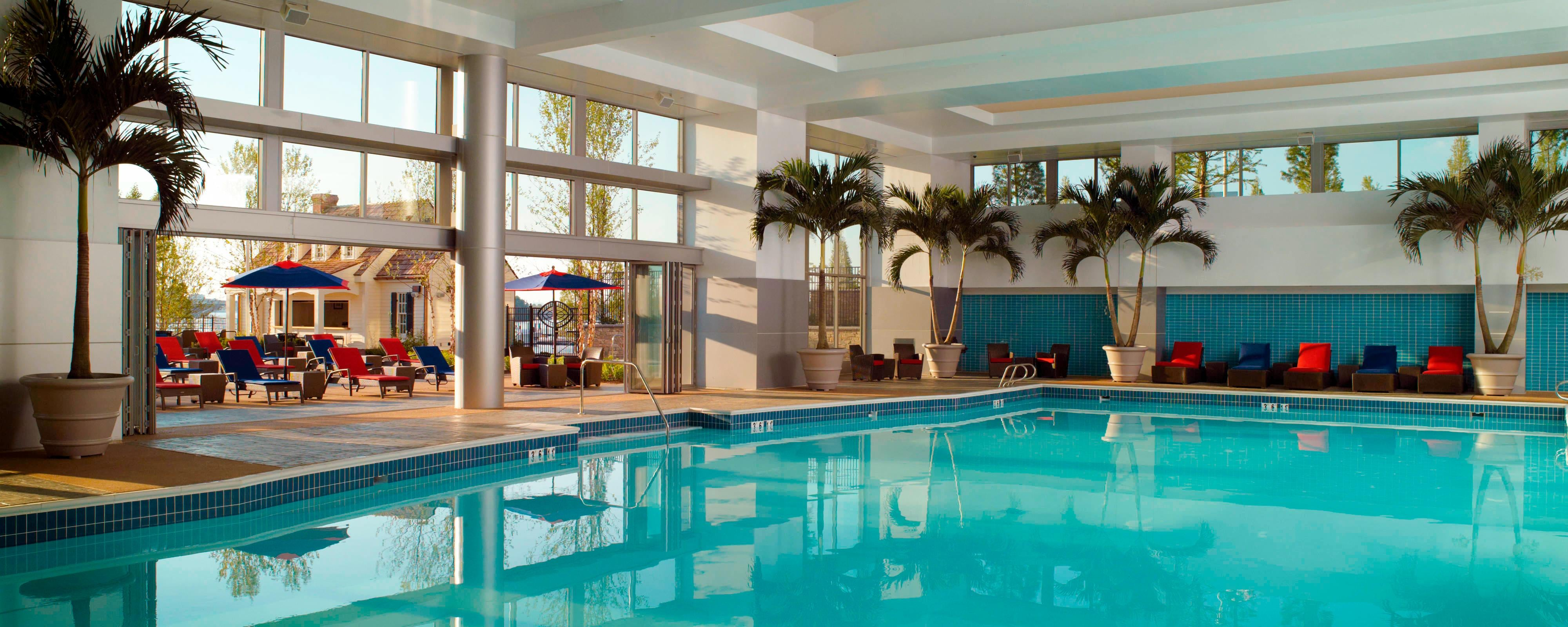 National harbor hotel with pool gaylord national resort - Cheap hotels in aberdeen with swimming pool ...