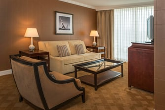 Gaylord National Resort & Convention Center One-Bedroom Corner Suite