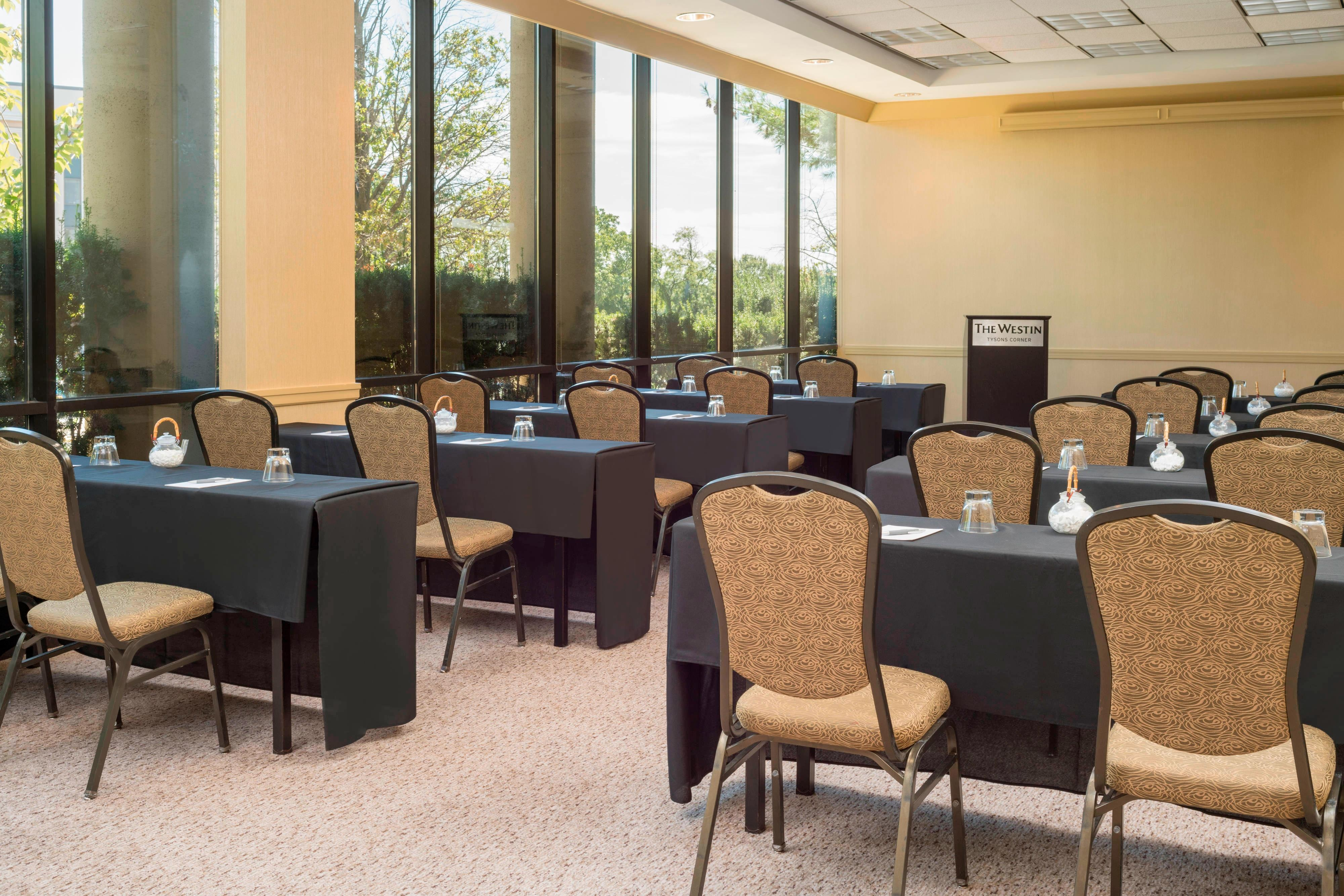 The Westin Tysons Corner Pines Classroom Meeting