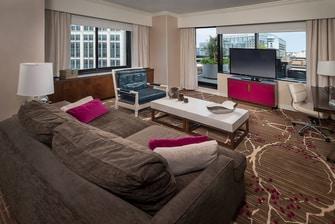 DC executive suite living area
