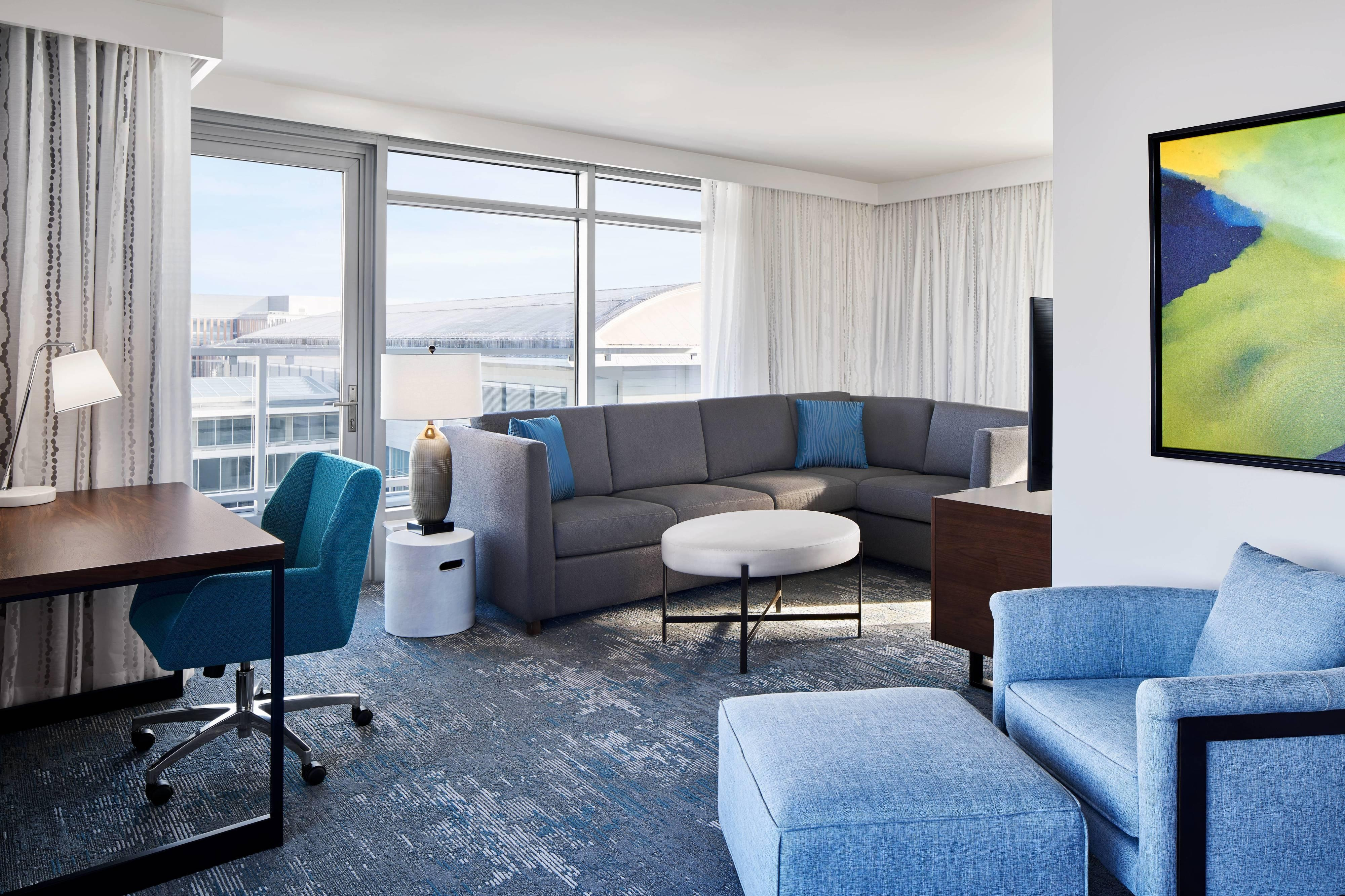 Люкс с двумя спальнями– гостиная