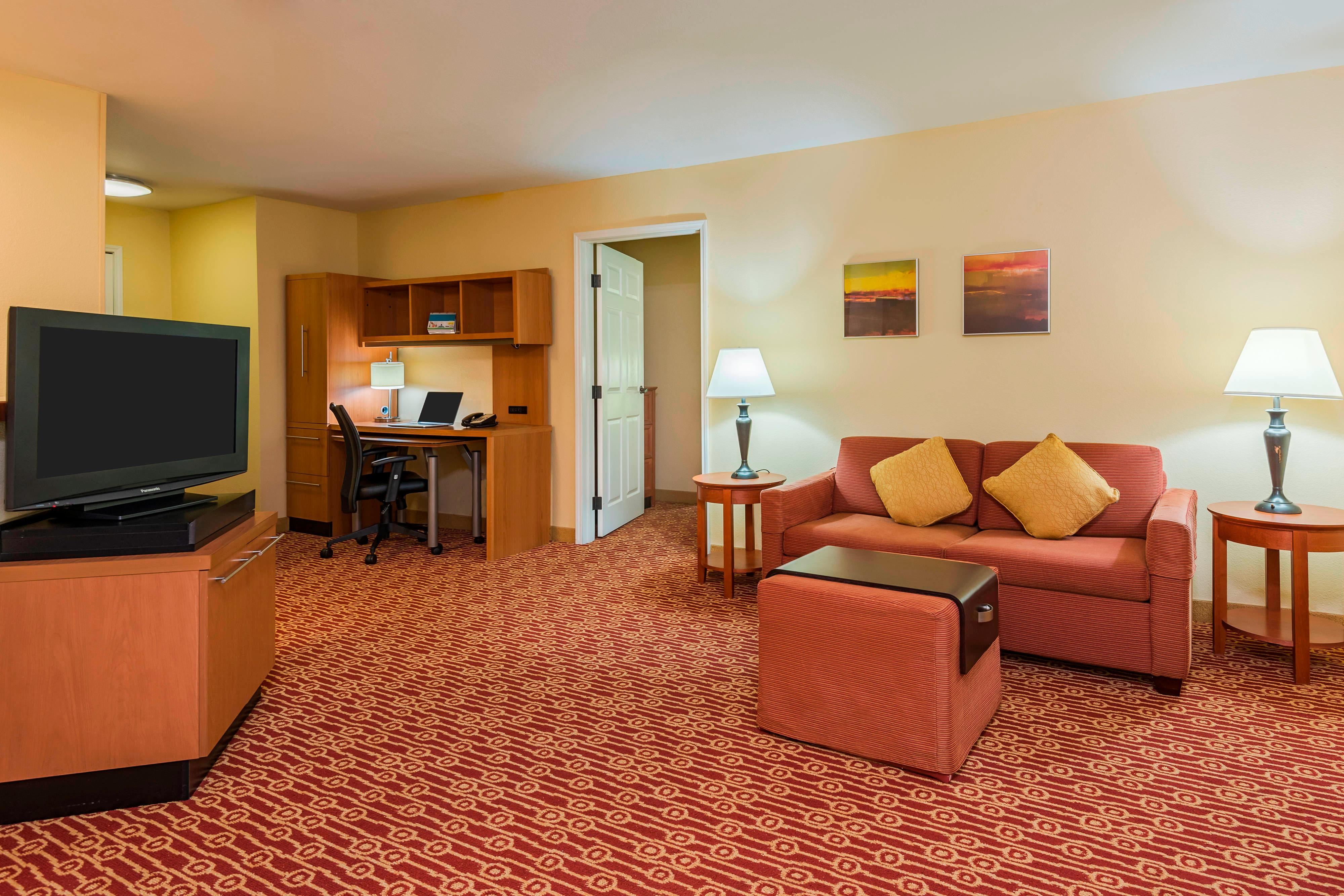 Springfield Va Hotels Guest Rooms At Towneplace Suites Springfield