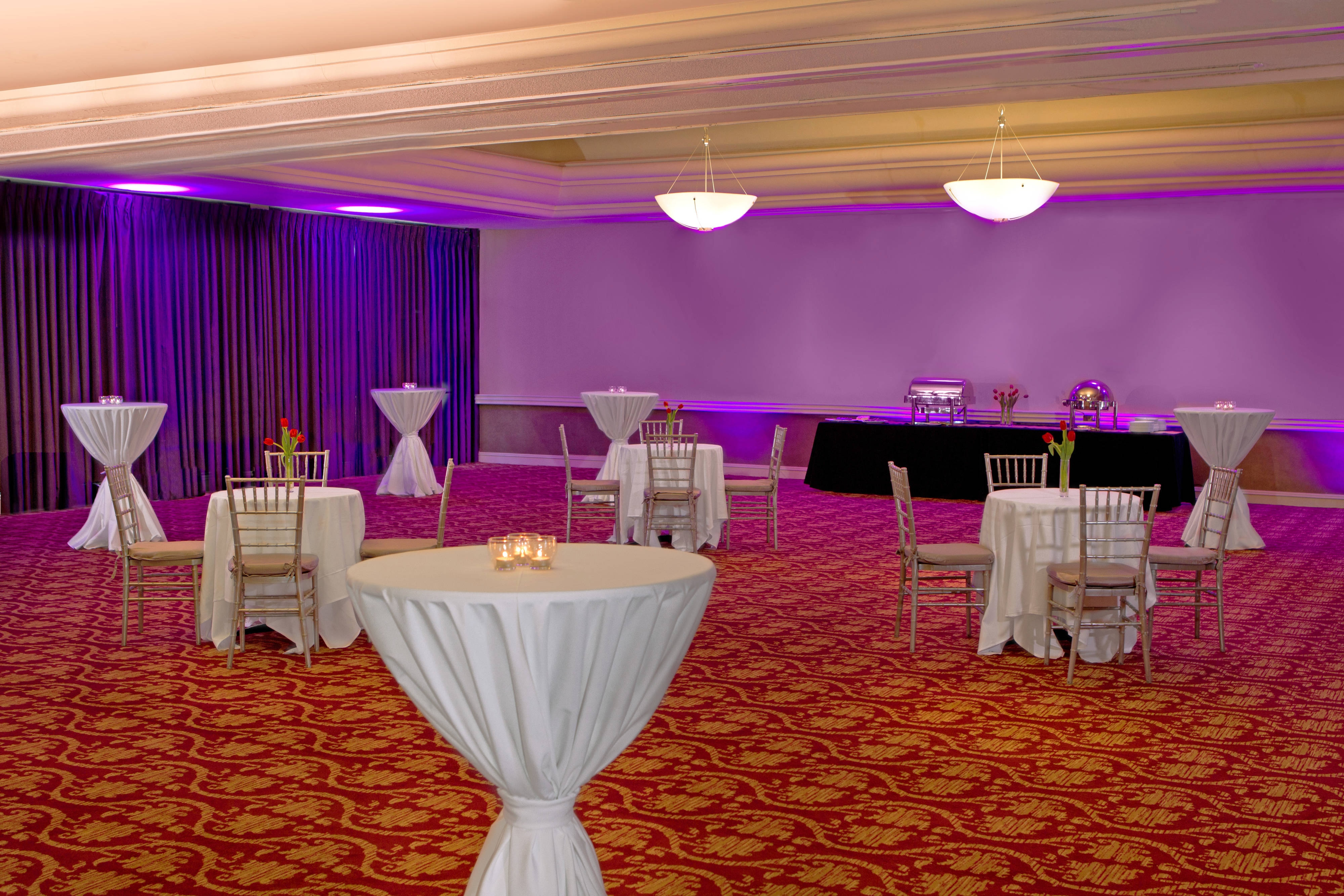 Junior Ballroom - cocktail setup