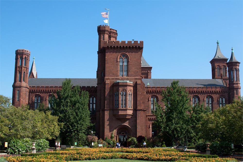 Visit the Smithsonian Institute