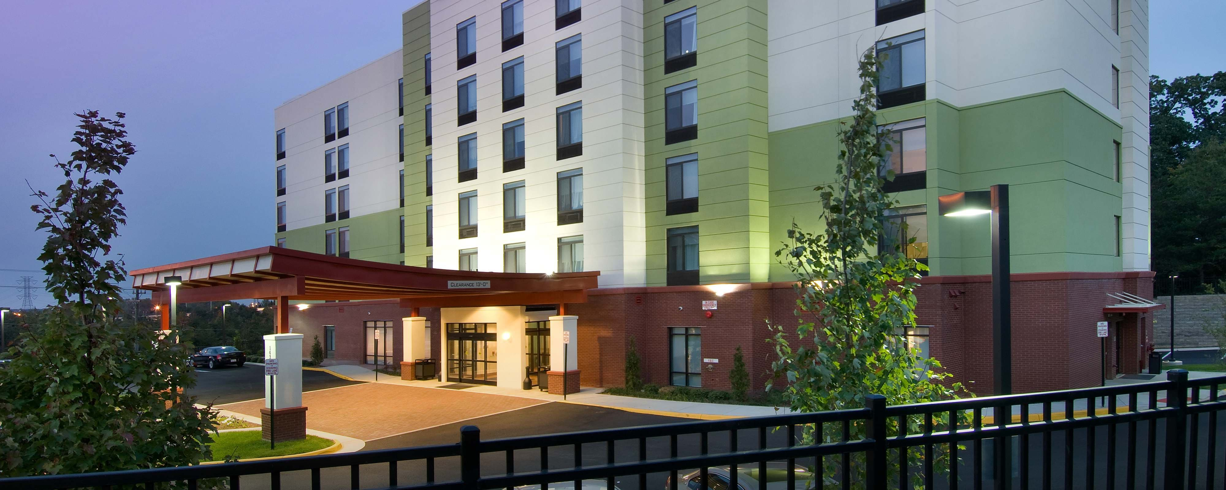 hotels in woodbridge virginia