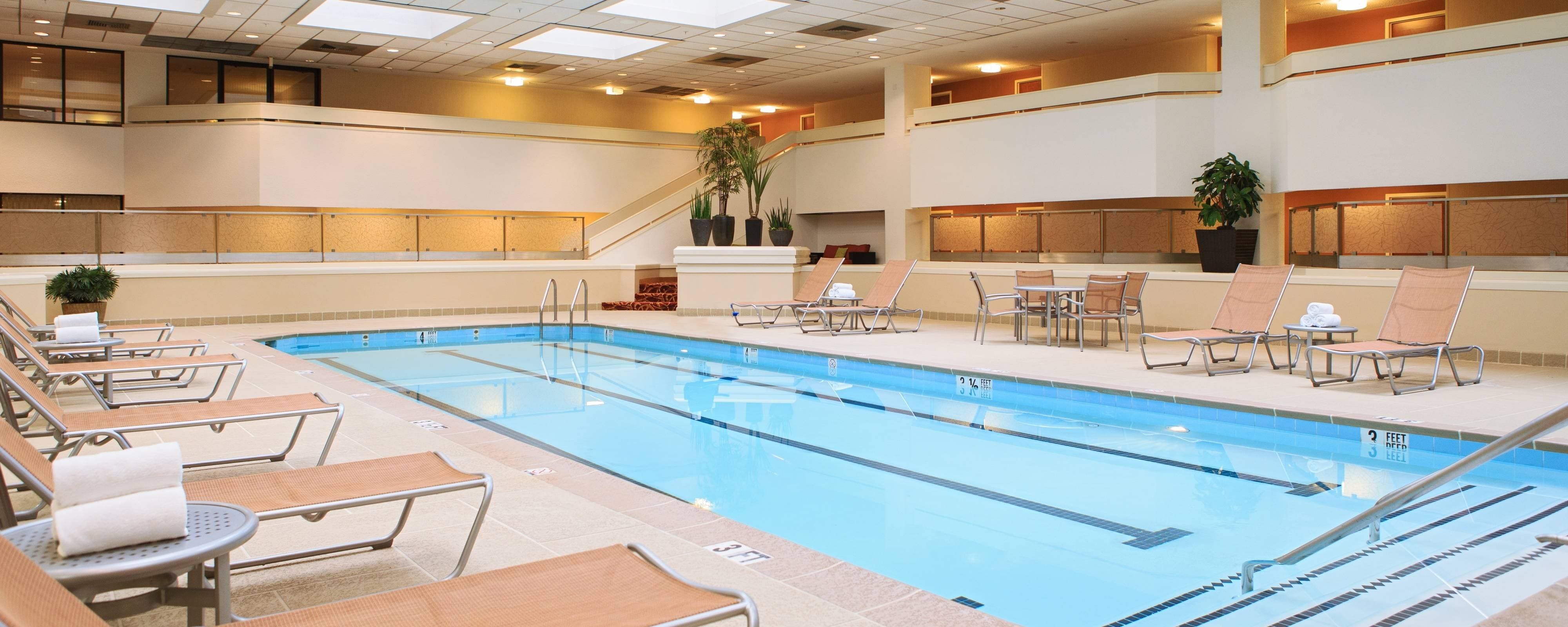 Tysons Corner hotel indoor pool