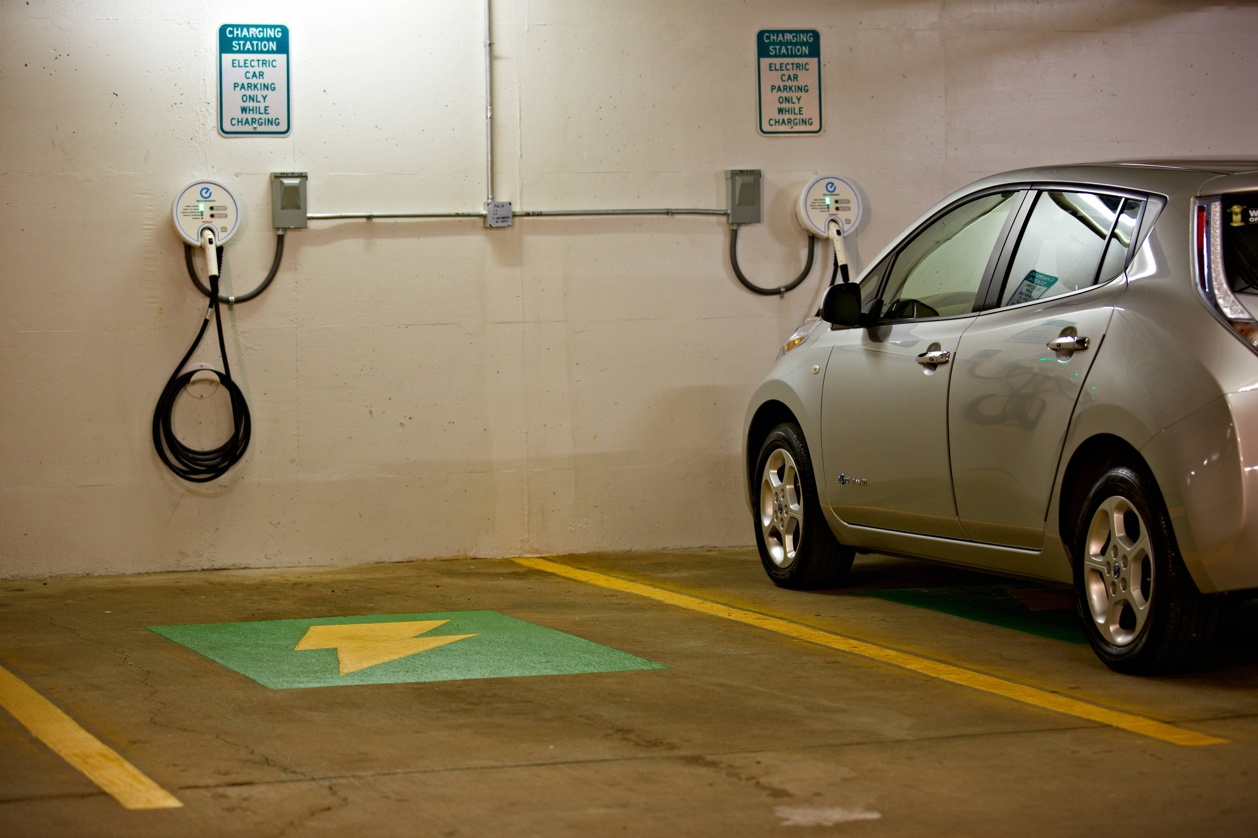 Car charging station Tysons Corner