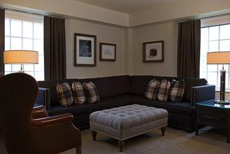 UMD hotel suite living room