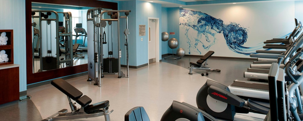 Fitness Center – Hotels in Alexandria, VA